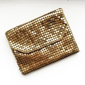 Vintage gold mesh card carrying case
